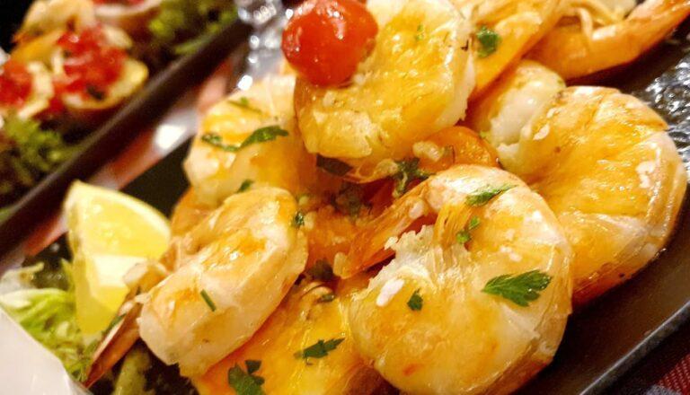 krevety na česneku a víně