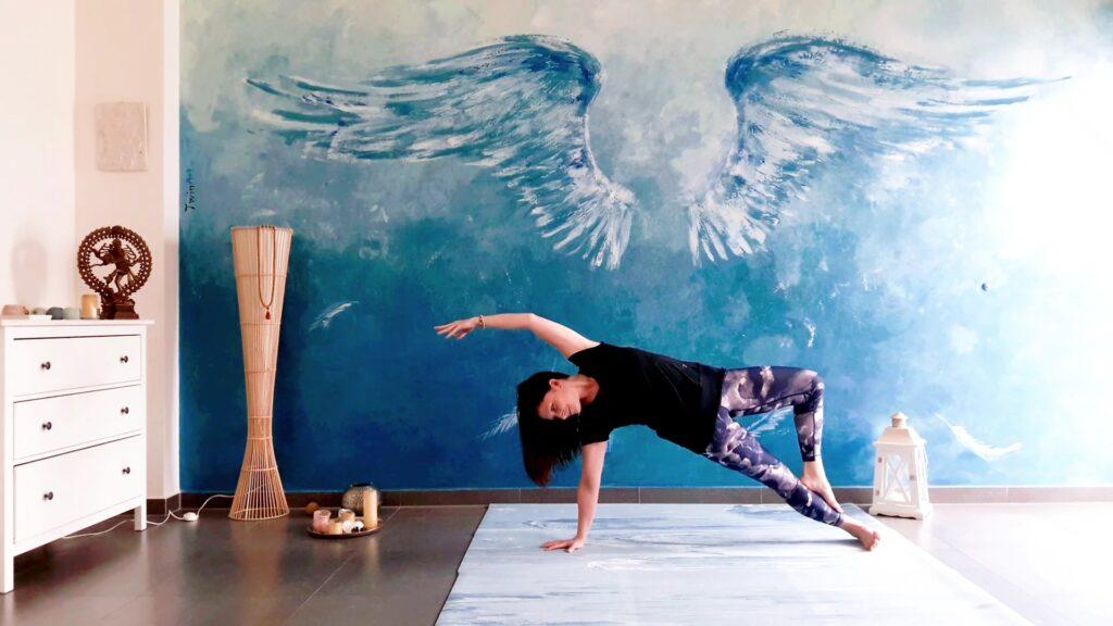 joga s Jiřinkou pro sílu těla